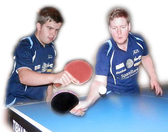 TO GODE NABOER: Thomas Moen og Lars Torp gjør hverandre gode!