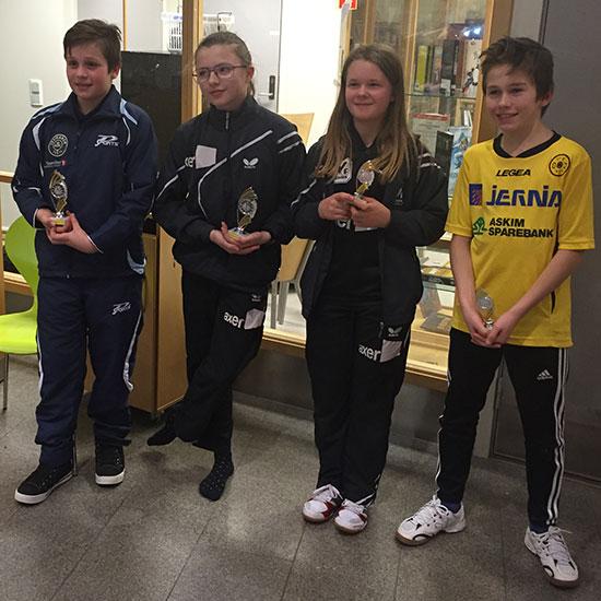 THE CHAMPION: Jonas Jensen på 1. plass foran alle de øvrige 17 jentene og guttene! (FOTO: SISSEL MOEN)