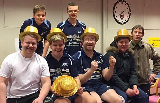 DAGENS DELTAKERE: Jonas Jensen (bak fra venstre), Fredrik Wilkens, Geir Håkon Bjørklund (foran fra venstre), Thomas Moen, Thomas Møller, Lars Torp og Bjørn Erik Wibe.