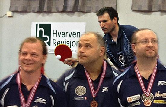 VETERANER: Terje Herting (bak), Olof Götestam (foran fra venstre), Anton Hoel og Thomas Møller repsenterer JBTK i årets veteran-NM.