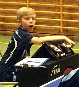 DOMMER: Eivind Nygård var like innsatsfull ved dommerbordet som da han spilte selv.