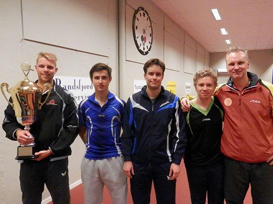 TOPP 5: Vinner Martin Røste (fra venstre), toer Mikkel Gudmundsen, treer Magnus Vikstrøm, firer Jonas Flåøien og femmer Victor Horgen.