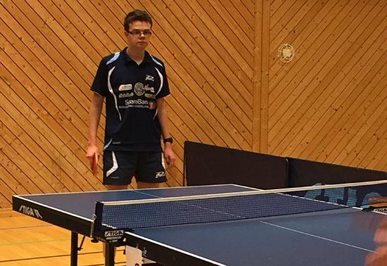 DAGENS MANN: Fredrik Wilkens sto for dagens prestasjon da han slo Eskil Ryssmo i Herrer E.