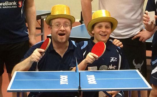 TITTELFORSVARERE: Thomas og Jonas skal forsøke å forsvare sine titler på det lille bordet.