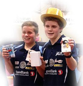AKTIV DUO: Jonas Jensen og Daniel F. Grefsrud representerer JBTK i NM for yngre til helgen. I sommer skal de delta på treningsleir.