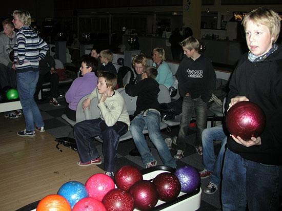 BOWLING: Trangt om plassene i 2004, da JBTK sist konkurrerte i bowling!