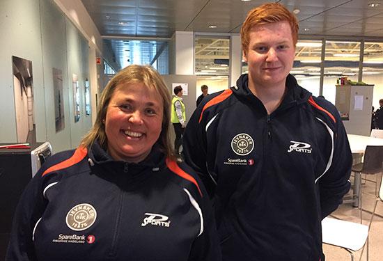 STØTTEAPPARATET: Trenersjef Lene Jensen og supercoach Kenneth H. Ødegård gikk i bresjen for å hjelpe dagens JBTK-utøvere.