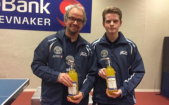 FAIR PLAY-VINNERE: Lars Jensen (t.v.) og Daniel F. Grefsrud ble valgt ut på årets første KM-dag.