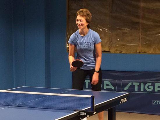 TØFF DAME: Anne Stenerud trente for første gang fredag kveld og var fornøyd med dagens innsats.