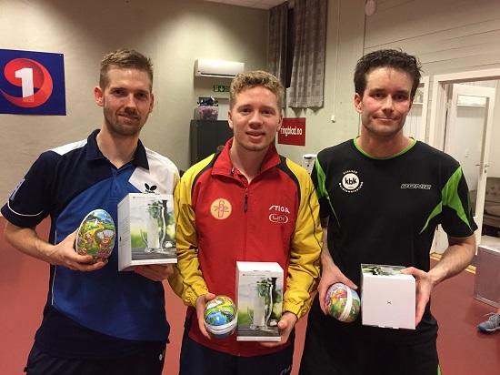 TRE VINNERE: Casper Søndberg (f.v.), Jonas Flåøien og Magnus Vikstrøm delte seieren i Påskecupen 2017.