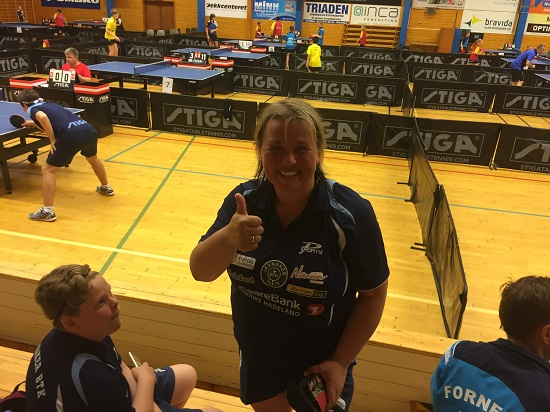TOMMEL OPP: Lene Jensen strålte etter å ha vunnet kamp i debutstevnet!
