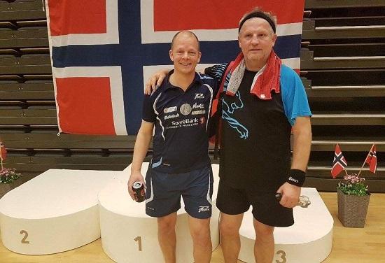 DOUBLEPAR: Olof spilte med Trond Arne Grønmyr og nådde kvartfinalen.